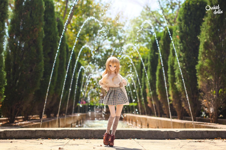 Dollfie Dream Miki Hoshii in the park